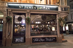 Traditionele Engelse Bar St James Tavern London het UK stock afbeelding