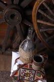 Traditionele fles wijn Royalty-vrije Stock Afbeeldingen