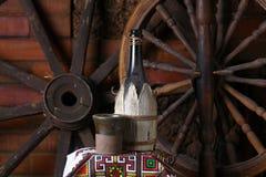 Traditionele fles wijn Stock Foto