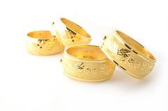 Traditionele gouden armbanden Royalty-vrije Stock Foto's