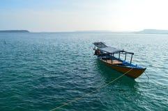 Traditionele het duiken boot stock afbeeldingen