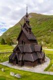 Traditionele historische Borgund-staafkerk, Fjordane, Noorwegen stock afbeeldingen