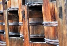 Traditionele houten Japanse emmers, close-up royalty-vrije stock afbeelding