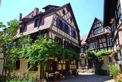 Traditionele huizen Stock Afbeeldingen