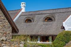 Traditionele huizen van Hongarije, dichtbij meer Balaton, dorp Salfold, 29 Augustus 2017 Stock Afbeeldingen