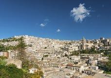 Traditionele huizen van modica in Sicilië Italië Stock Fotografie