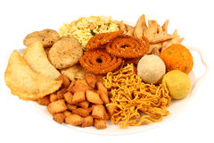 Traditionele Indische snackschotel Stock Foto
