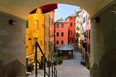 Traditionele Italiaanse kleurrijke huizen bij zonnige dag Royalty-vrije Stock Foto