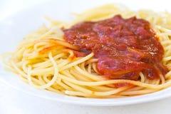 Traditionele Italiaanse spaghetti stock foto