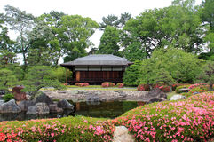 Traditionele Japanse huis en tuin Royalty-vrije Stock Afbeeldingen