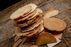 Traditionele Japanse rijstcrackers - senbei royalty-vrije stock afbeeldingen
