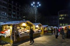 Traditionele Kerstmismarkt op Piazza Cavour in Como, Italië Stock Afbeelding