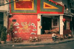Traditionele koffie, Vietnam, het leven, met de hand gemaakte vogel, Stock Foto