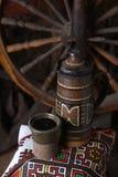 Traditionele kruik wijn Stock Afbeelding