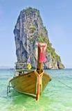 Traditionele lange staartboten, Andaman Overzees, Thaila Stock Foto