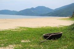 Traditionele Mandboot van Vietnam stock afbeelding