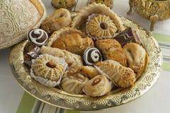 Traditionele Marokkaanse koekjes met thee Royalty-vrije Stock Foto