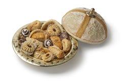 Traditionele Marokkaanse koekjes met thee Stock Afbeelding