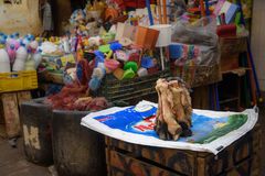 Traditionele Marokkaanse markt souk in Fez, Marokko Royalty-vrije Stock Fotografie