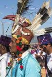 Traditionele Mens Jingpo bij Dans Royalty-vrije Stock Afbeelding