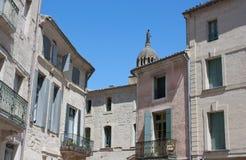 Traditionele middeleeuwse huizen - Uzes, Frankrijk Stock Foto's