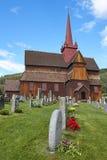 Traditionele middeleeuwse Noorse staafkerk Ringebu stavkyrkje Stock Foto's