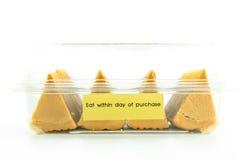 Traditionele Mooncakes in plastic dekking Royalty-vrije Stock Foto's