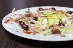 Traditionele Napoletan, Italiaanse salade Stock Foto's