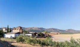 Traditionele ommuurde binnenplaats rond landbouwbedrijf of hotel in Spanje Royalty-vrije Stock Foto's