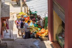 Traditionele Ottomanemarkt in Kruja, geboortestad van Nationale Held Skanderbeg, Albanië royalty-vrije stock foto