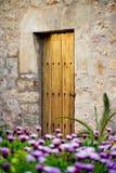 Traditionele oude deur in het historische dorp Valldemosa in Majorca Stock Fotografie