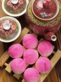 Traditionele perzikbroodjes Royalty-vrije Stock Foto's