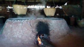Traditionele productie van zout stock footage