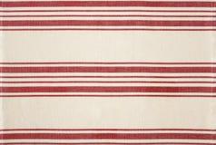 Traditionele rode en witte gestreepte van de katoenen bistro s stoffenkeuken Stock Fotografie