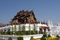 Traditionele Thaise architectuur in Chiangmai Stock Foto