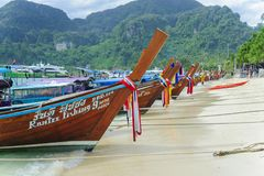 Traditionele Thaise lange staartboot Stock Foto