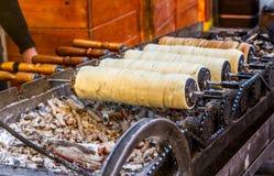 Traditionele Transylvanian-gebakjes - Kurtos kalacs Stock Afbeeldingen