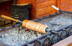 Traditionele Transylvanian-gebakjes - Kurtos kalacs Stock Afbeelding
