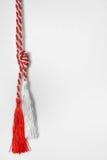 Traditionele trinket versleten ter ere van 1 Maart Royalty-vrije Stock Afbeeldingen