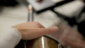 Traditionele trommel het Dhol-close-up stock video