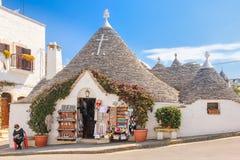 Traditionele Trulli Alberobello Apulia Italië stock foto's
