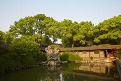 Traditionele tuin in Ningbo, China Stock Foto's