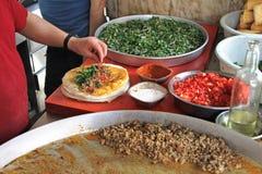 Traditionele Turkse pizza cuisine stock foto