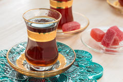 Traditionele Turkse thee in glazen Stock Fotografie