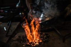 Traditionele Turkse Tingieter Covering de Koperplaat met Tin stock foto