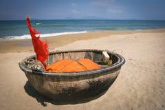 Traditionele Vietnamese boot, Vietnam Stock Afbeeldingen