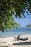 Traditionele vissersboten op dilistrand in Oost-Timor leste Stock Fotografie