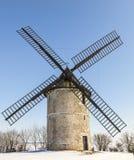 Traditionele windmolen in de winter Stock Foto's