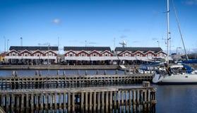 Traditionele zeevruchtenrestaurants op Skagen-haven, Denemarken Stock Afbeeldingen