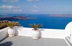 Traditionell arkitektur av den Oia byn på den Santorini ön Arkivbilder